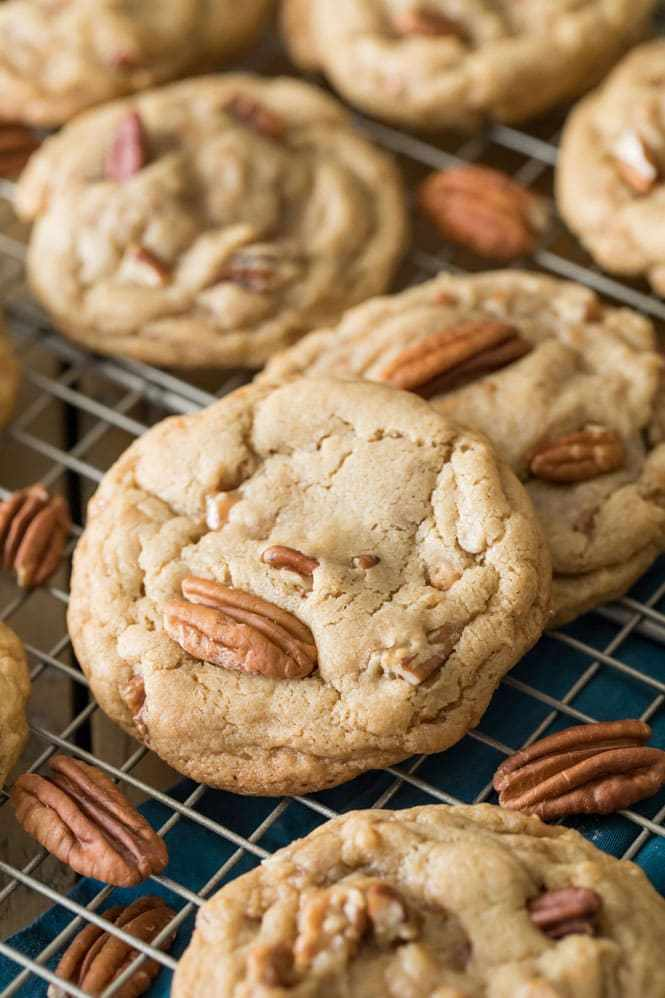 Soft & Chewy Butter Pecan Cookies